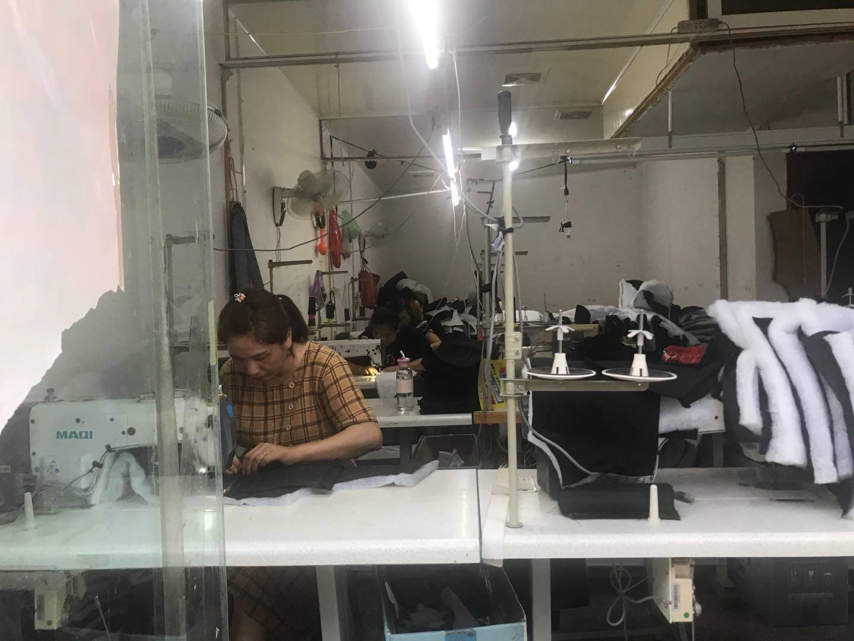 高考前夕的毛坦厂:禁止送考,商户夜晚10点半后停止营业