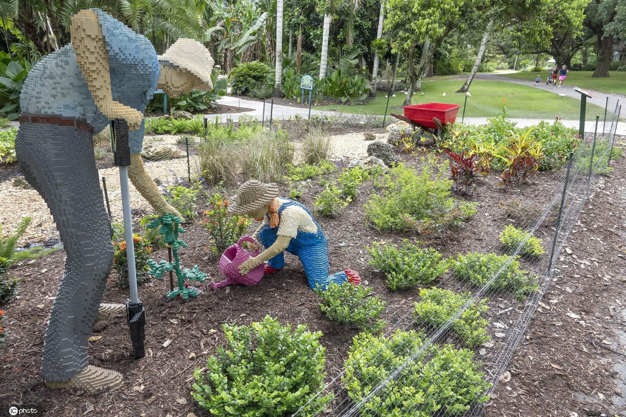 【展览】美国佛州举办自然主题展 50万块乐高积木打造花园天堂,