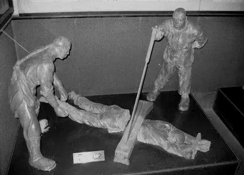 历史上最后一个被腰斩的俞鸿图