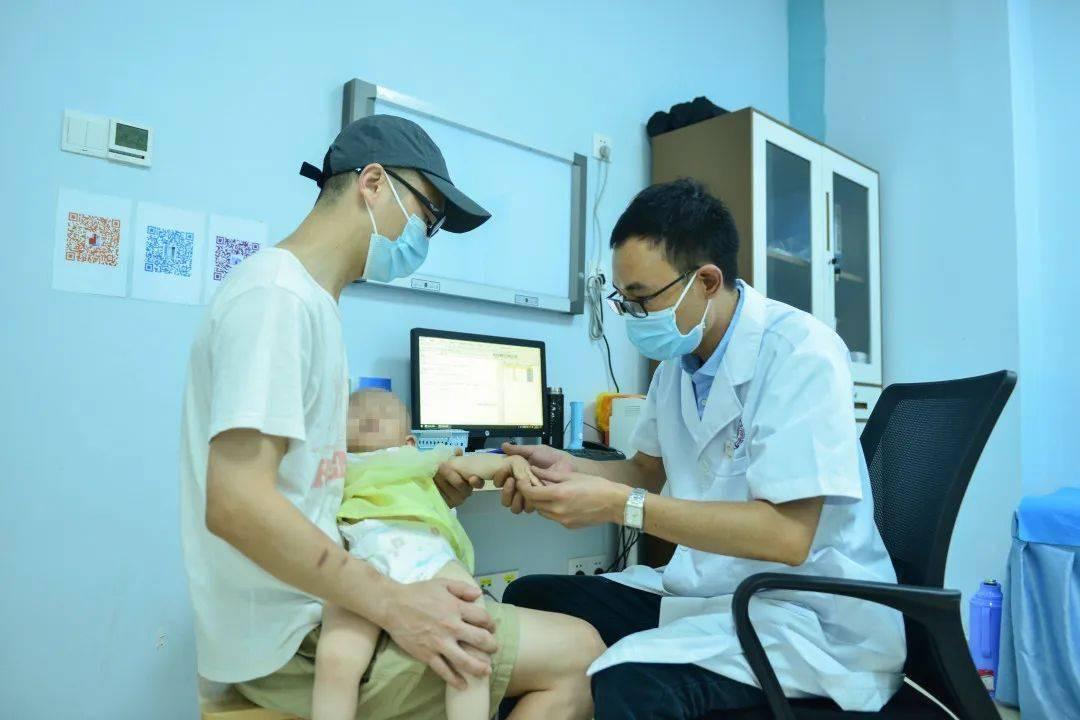 世界过敏性疾病日:过敏的宝宝能接种疫苗吗