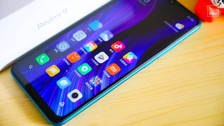 越来越少见的百元智能手机,只能卖给老人了?