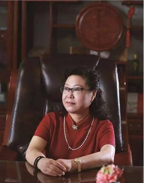 头衔:潍坊企业俱乐部执行主席:李玲女士