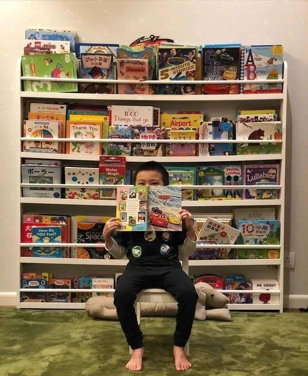 【豪宅曝光】黄伊汶一家三口住复式大屋 为爱儿设图书馆超大客厅瀡滑梯