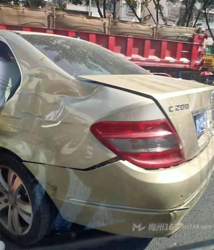 小心!梅城锭子桥车站附近发生了一起事故