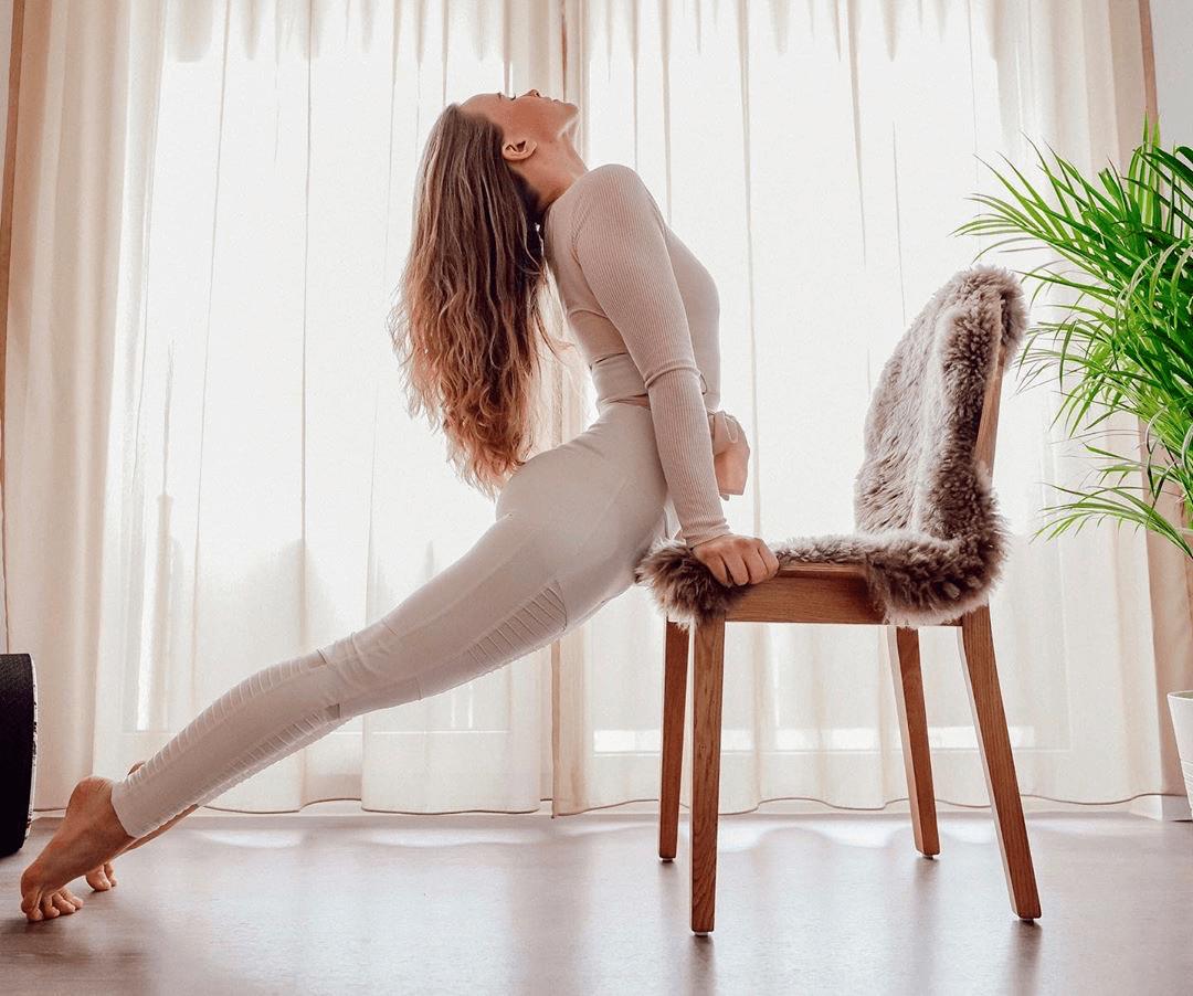 初学者练瑜伽,就从这9个体式开始!