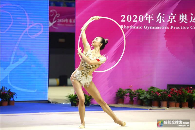 艺术体操奥运模拟赛举行川籍体操队员邀约成都大运会相见