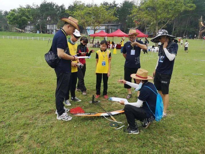 全省青少年航空航天模型锦标赛开赛 2013年汇丰中国青少年高尔夫公开赛