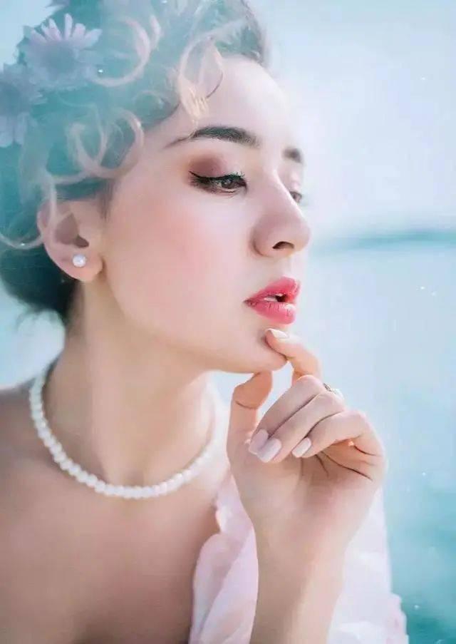 欧式少女,美貌如仙