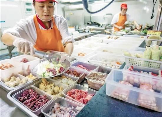 广东大学生浪费饭菜的主要原因是品味差