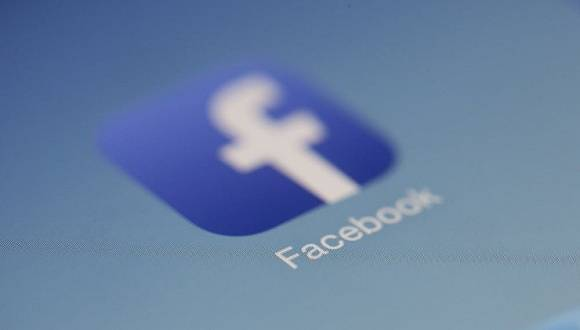 Facebook向爱尔兰监管机构提起诉讼,阻止数据传输禁令和潜在巨额罚款