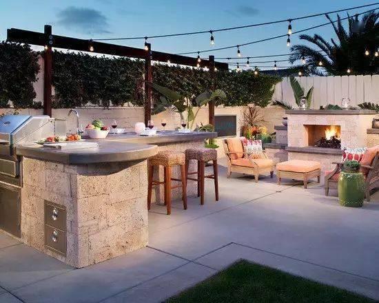 院子有个烧烤台,才算完美