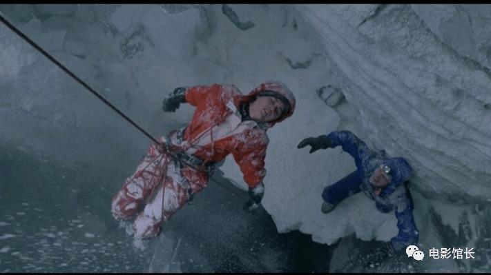 《垂直极限》20 周年纪念:珠峰上的重大悲剧,如何转变成一场争分夺秒的刺激之旅?