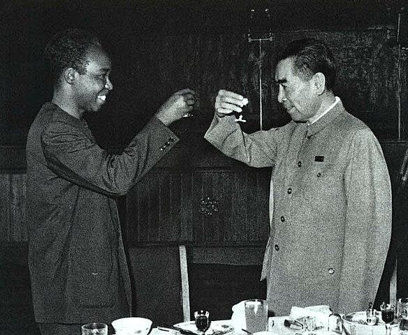 周总理在坦桑尼亚