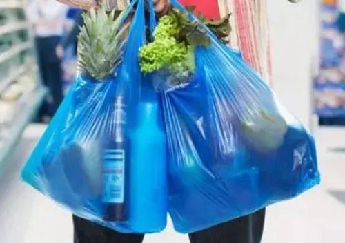 上海人注意!商场年底起不再提供塑料袋 付费的也不行!