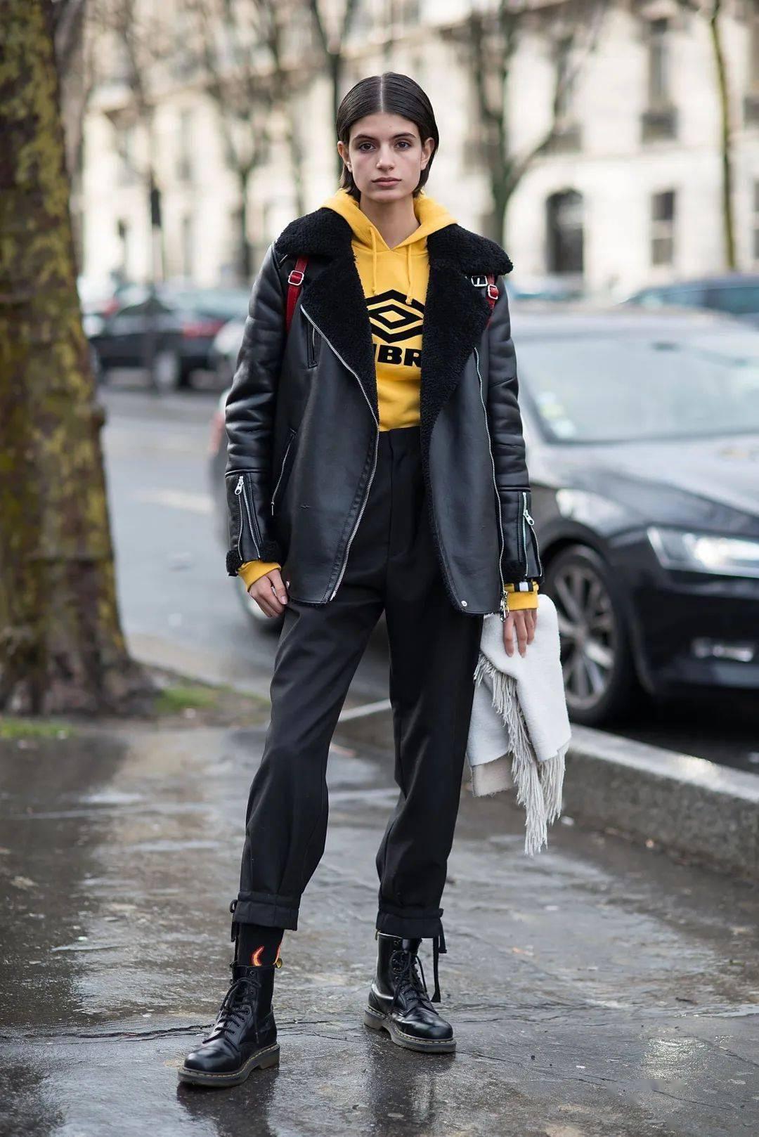马丁靴+裙子,马丁靴+工装裤……又酷又撩,时髦炸了!     第35张