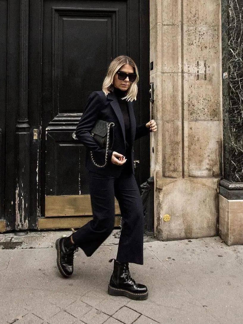 马丁靴+裙子,马丁靴+工装裤……又酷又撩,时髦炸了!     第46张