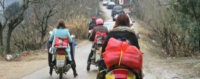 为什么在农村流行的摩托车会淡出农民生活?