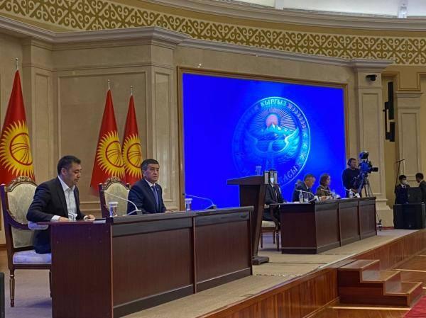 吉尔吉斯斯坦首都紧急状态取消议会和总统选举时间公告