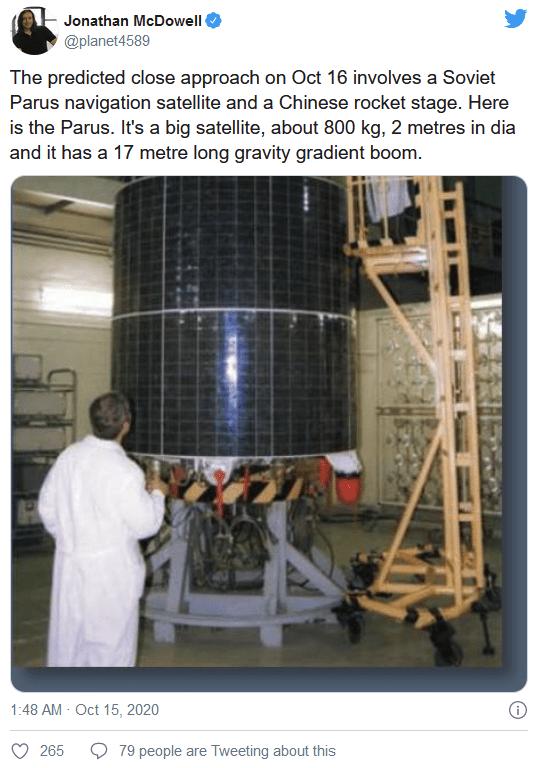 一颗已失效的苏联卫星和废弃的助推器差点在太空中相撞     第1张