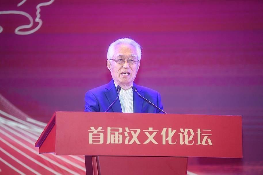 """阎崇年:汉文化传承与发展""""其命惟新"""""""