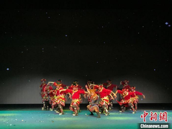 青海果洛大型格萨尔剧《赛马称王》亮相江苏昆山