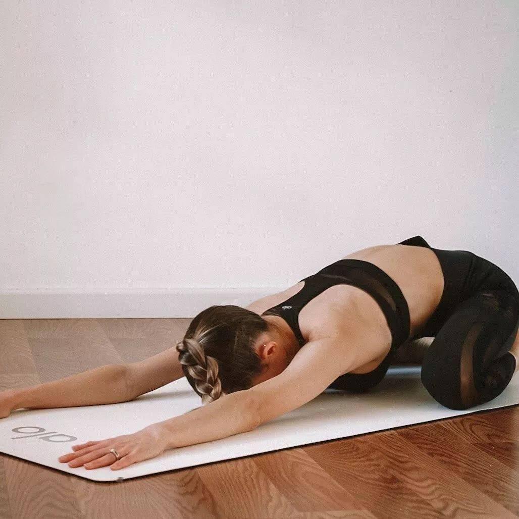 最美的身材,是瑜伽练出来的,而不是饿出来的!