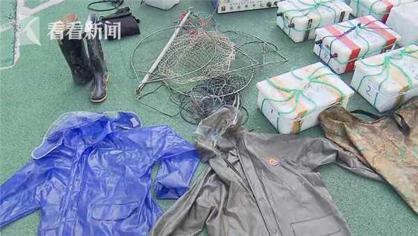 长江严格执行禁止捕鱼的法律。上海警方