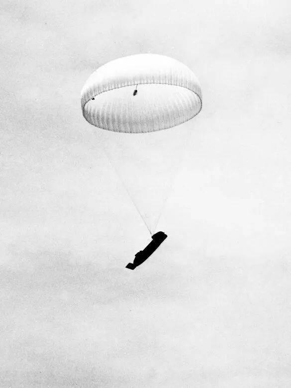 为救生艇插上翅膀,小谈各国空投式海空救援设备发展(英美篇)     第16张
