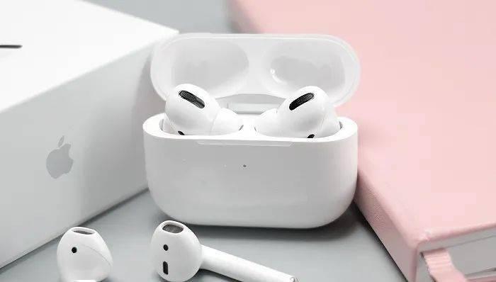 苹果明年或发入门款AirPods,耳机的生意都能利好哪些公司?