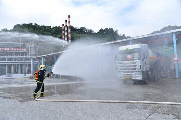 广州开展模拟特种设备液化石油气泄漏事故应急演练