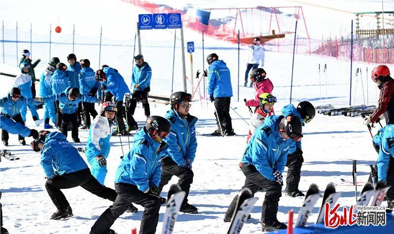 河北省开展冬奥医务人员滑雪技能强化培训