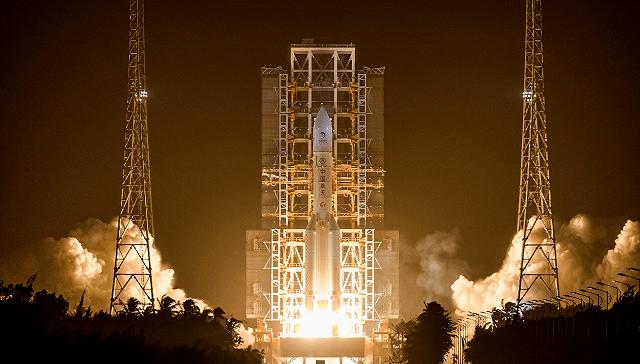 嫦娥五号奔赴月球,开启中国首次地外天体采样返回之旅