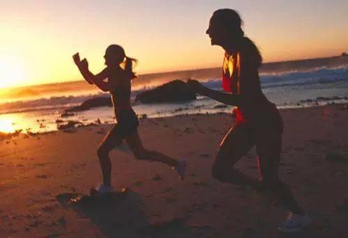 跑步减肥的正确方法 长时间次数较少的跑步