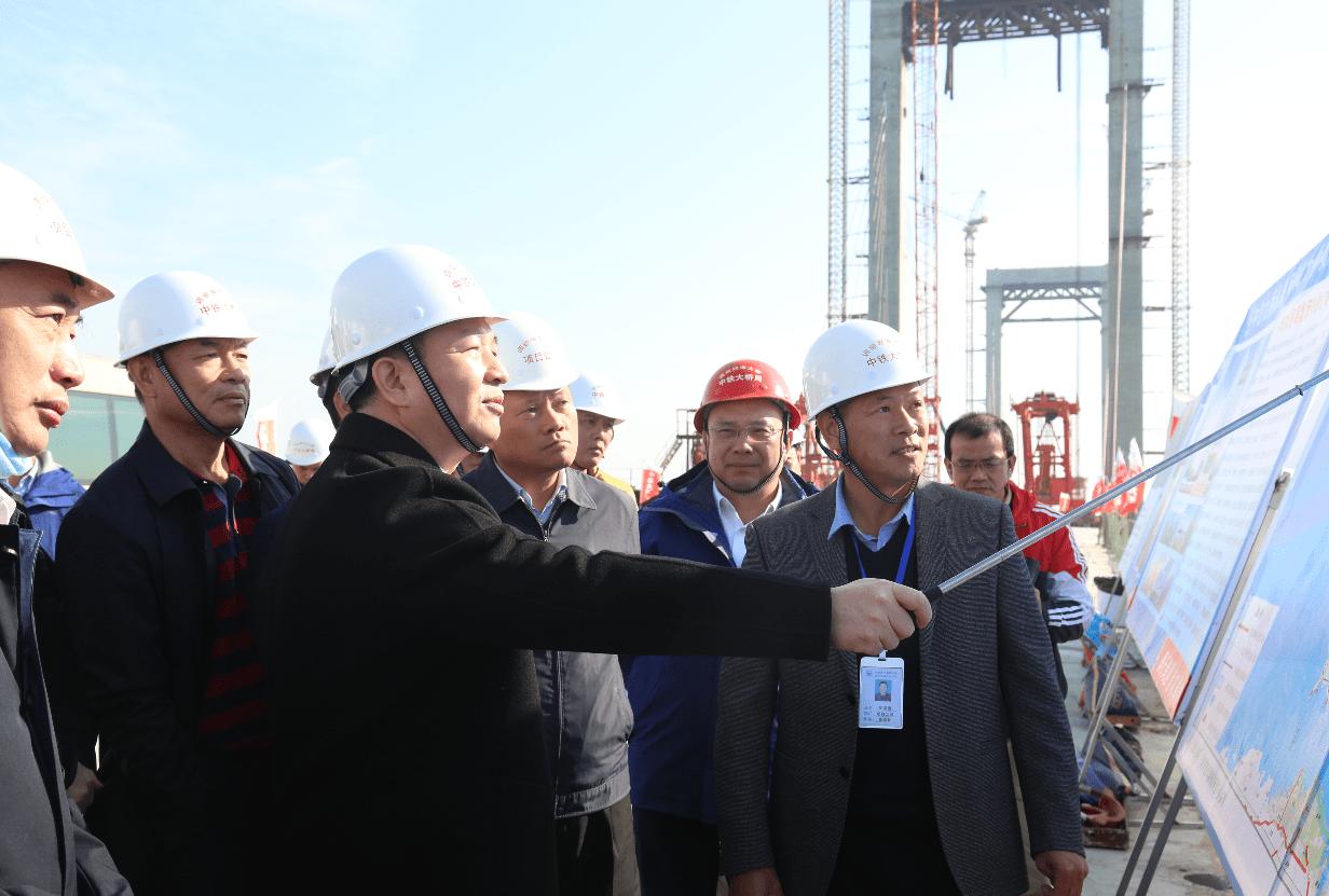 2021元旦:湛江市长曾进泽调研调顺跨海大桥