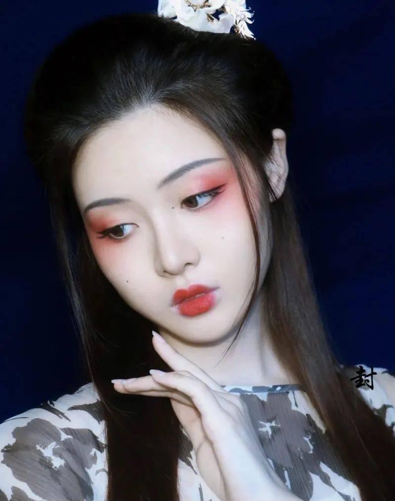 价值千元的节日写真,会化妆就能搞定?!