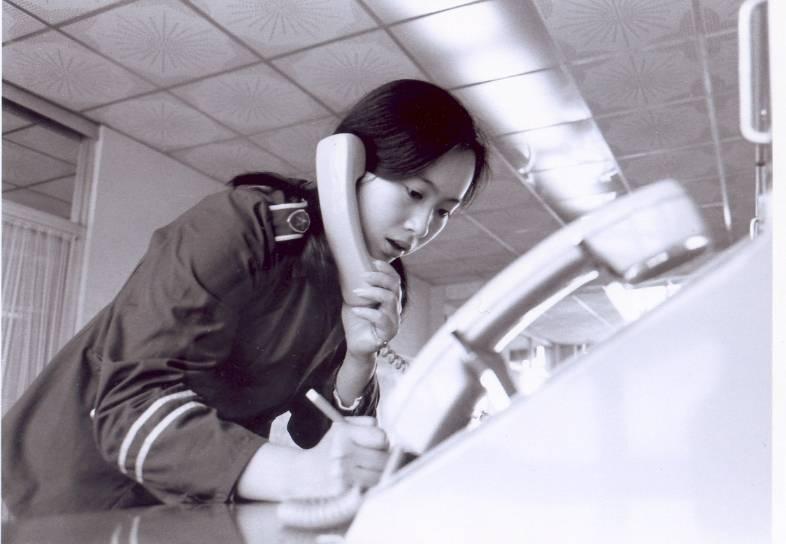 亚搏手机版官方下载- 35年受理报警求助过亿宗 每分钟10个电话打进广州110
