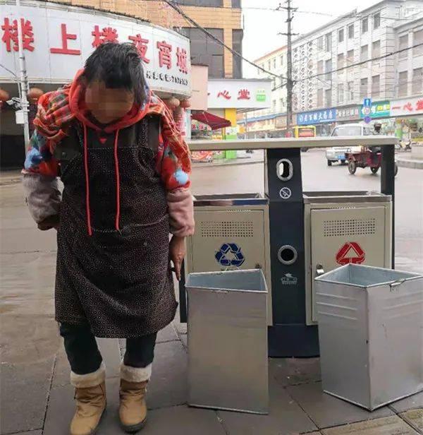 云南:什么情况?路边的垃圾桶内胆都有人偷?到底是谁偷的?