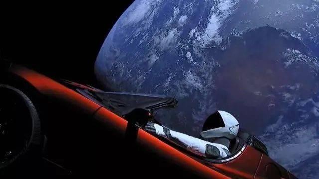 特斯拉狂降16万,飞船炸了一次又一次,这个单挑太空的男人到底多牛?  第13张