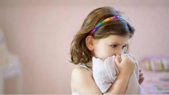 孩子缺乏微量元素,肚子里有虫子,神经紧张。原来是...