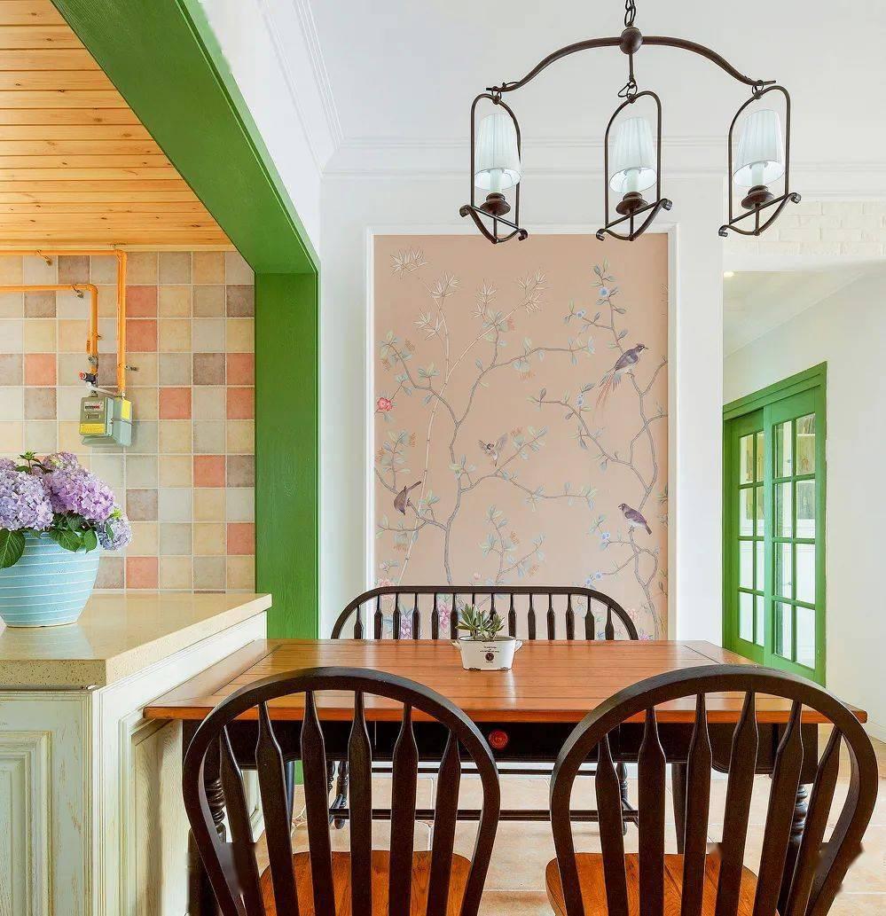 美式田园风装修的两居室,绿色的点缀刚刚好,真吸睛
