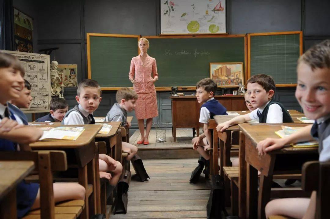 为什么孩子天天跟你顶嘴,却把老师的话当圣旨?!