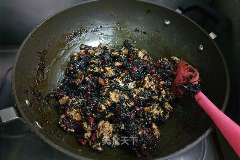 黑芝麻红枣核桃糖:健康零食,不甜不腻,好吃到停不下来