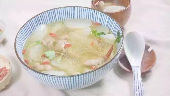 女人多吃这道菜,暖手脚、皮肤好,还能预防感冒!