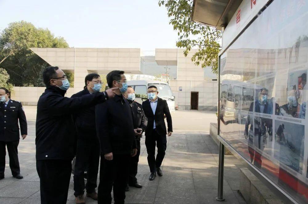 国务院联防联控机制第十三督查组莅临重庆未管所检查疫情防控工作