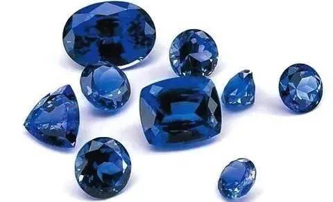 斯里兰卡蓝宝石VS马达加斯加蓝宝石哪个更胜一筹? 网络快讯 第5张