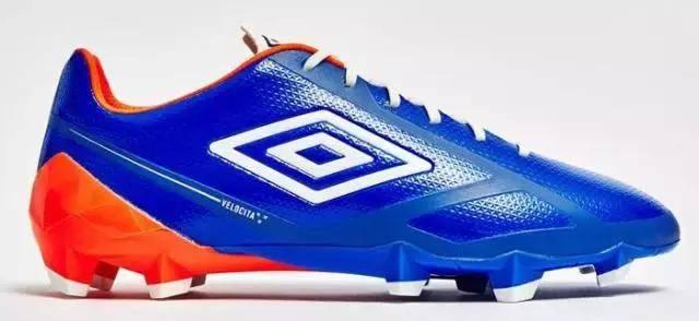 足球鞋什么牌子好(质量好的足球鞋品牌)