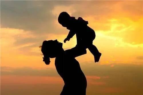 母亲节是几月几日(给母亲的母亲节礼物)
