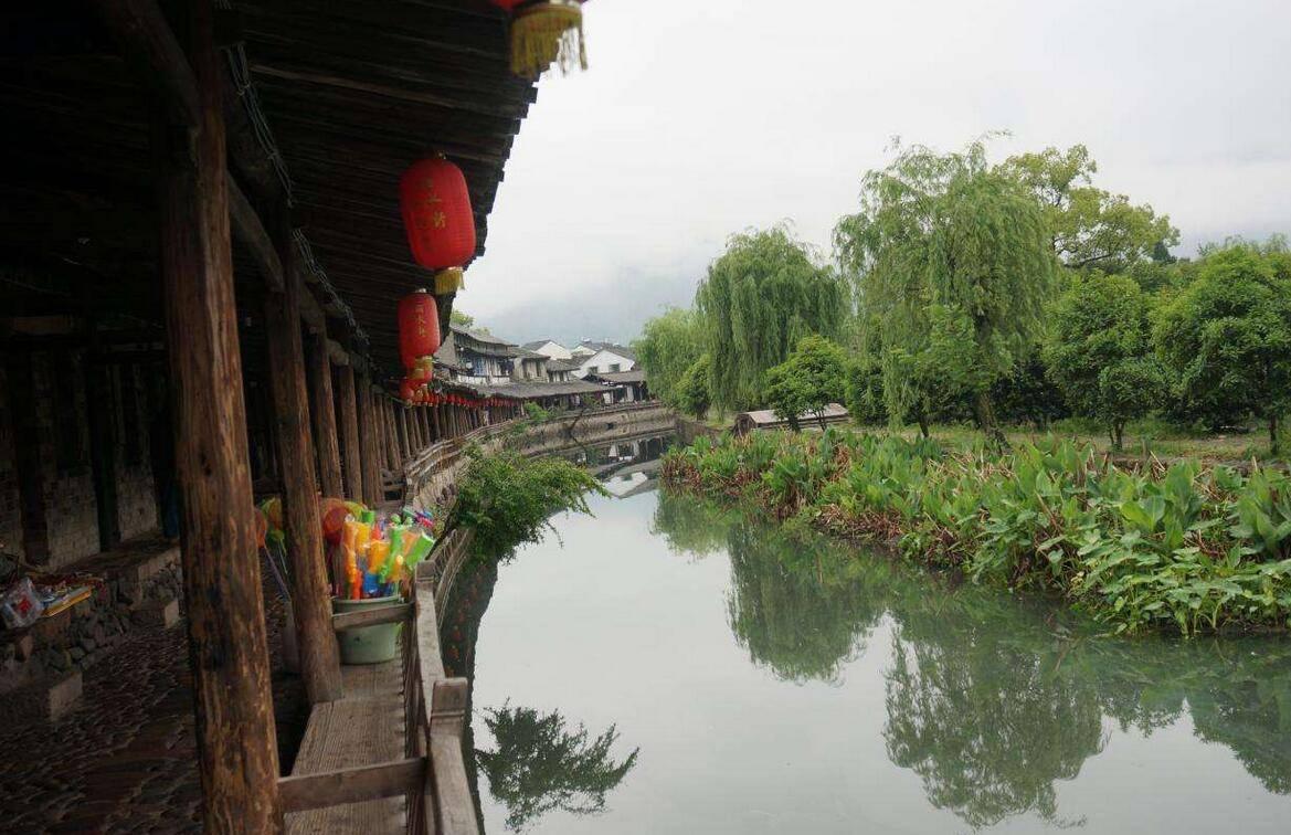 原创             600余年历史溪口镇岩头村,为何可以成为宁波首批十大古村之首