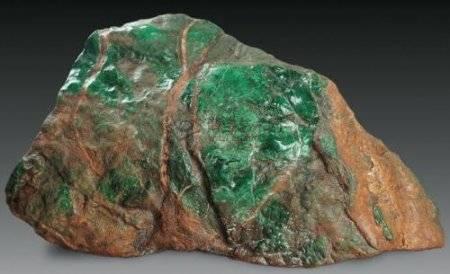 翡翠原石价格多少钱一斤?翡翠原石价格怎么样?
