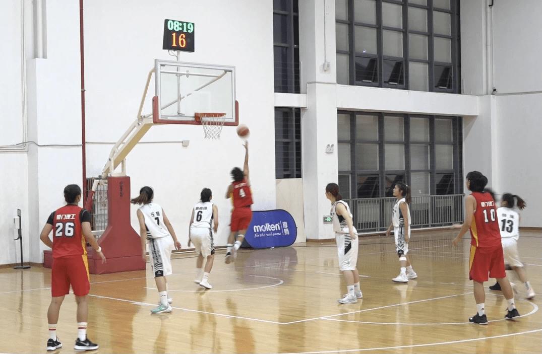 名校大学生篮球精英赛女子组10月25日晚迎来总决赛